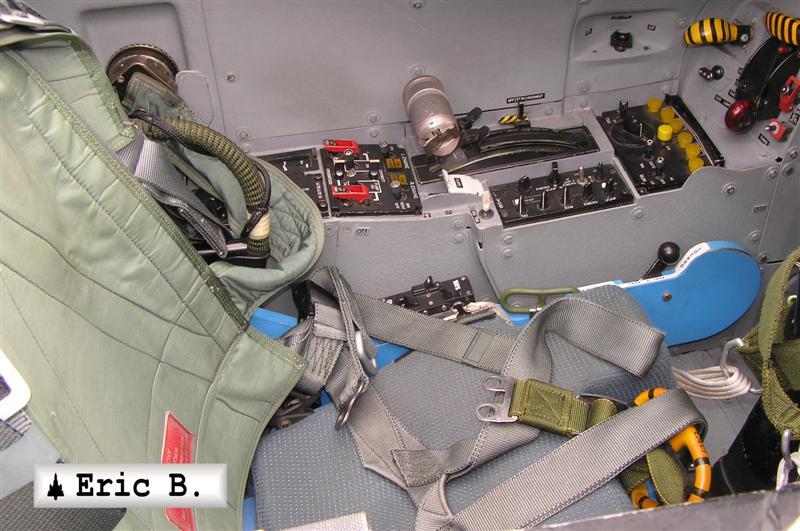 http://leptitfanadu2000.free.fr/PHOTOS/DASSAULT-DORNIER/Alpha-jet/GRANDE/Alpha-jet%20port%20grande%20%2811%29.JPG